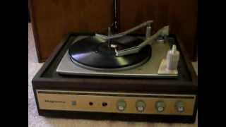Antique/vintage Magnavox Stereophonic Solid State Record Player Turntable