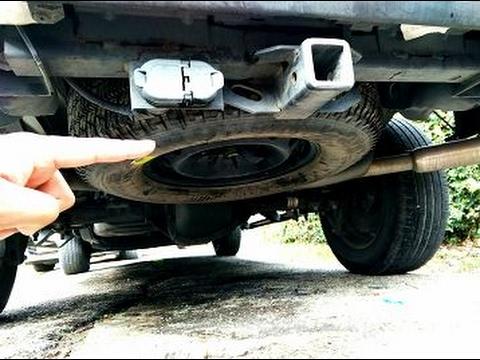 Como Remover La Llanta De Refaccion En Cualquier Camioneta Ford Lobo Youtube