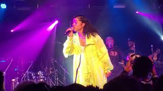 Ella Mai - Boo'd Up - Live at Baltimore Soundstage