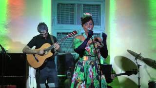 Elisete at Beit Shapira - Dancar com voce  (Original song) and Carolina (Cover song)