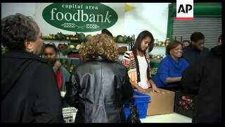 US First family hands out food to needy on Thanksgiving Day