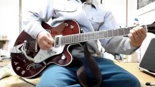 携帯撮り ギター 2001年生産の正真正銘テネシアン表記 アンプVOX.DA5 リ...