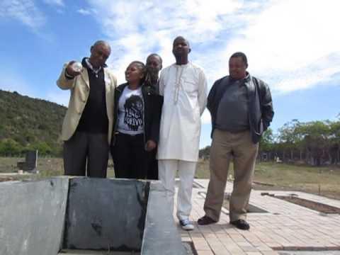 Mogobe Ramose speaks at the grave of his friend Steve Biko