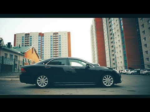 Тест-драйв Toyota Crown