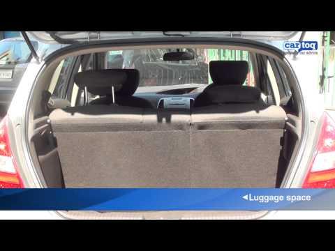 Hyundai i20 vs Maruti Suzuki Swift Car Comparison by CarToq.com