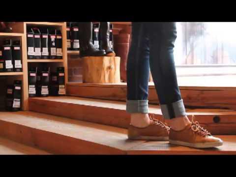 Frye - Mindy Low in Camel - YouTube