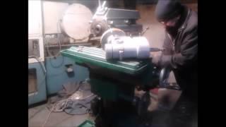 видео Универсальный фрезерный станок 676П: руководство по эксплуатации