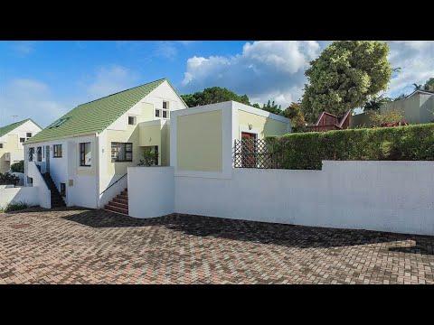 3 Bedroom House for sale in Eastern Cape | East London | Bonza Bay | T145350