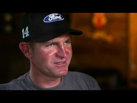 Behind The Wall: Clint Bowyer - Episode 1