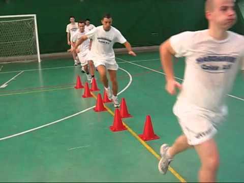 Tap Ky thuat di chuyen trong Futsal.flv