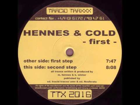 Hennes & Cold - First Step