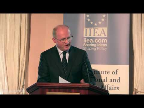 Philip R. Lane - The Irish Economy: Macro-Financial Issues