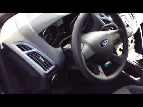 2012 Ford Focus Manual Walk Around, Start Up & Rev, Test Drive