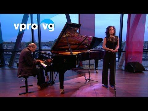 Iván & Nora Fischer – I. Fischer/ A nay kleyd (live @Bimhuis Amsterdam)