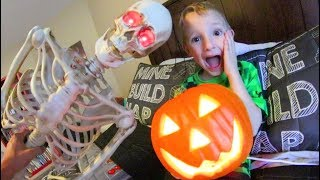 Father & Son Make A HAUNTED BEDROOM!