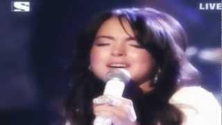Lindsay Lohan-edge Of Seventeen Live At Ama 2005 Hq/hd