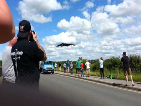 B2 Stealth Bombers Arriving At RAF Fairford 2014
