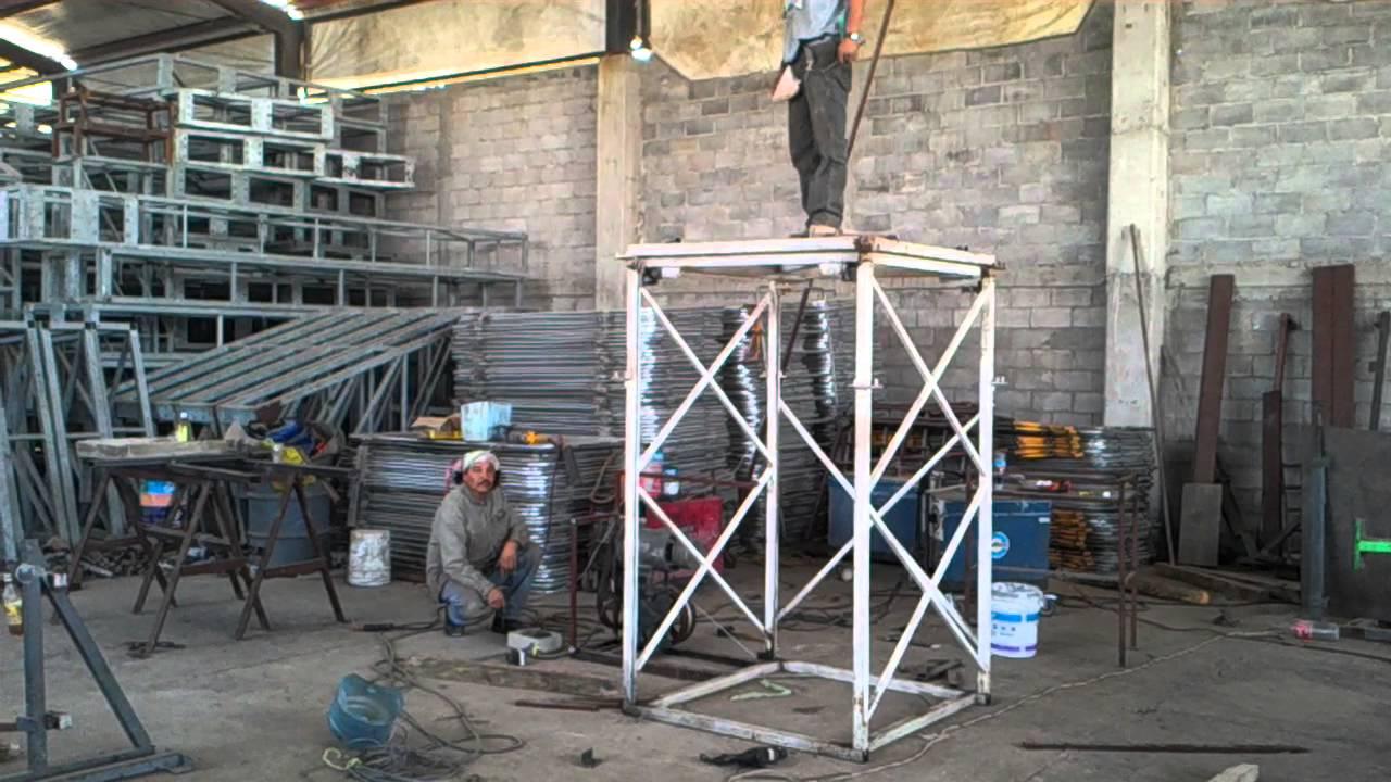 Elevador para escenarios youtube for Materiales para hacer un ascensor