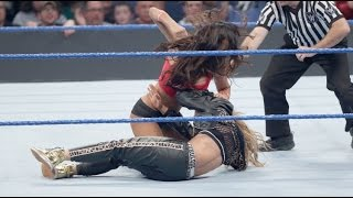 2016.11.29 Nikki Bella attacks Carmella