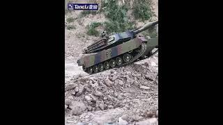 대형 오프로드 무선 조종 RC 탱크 M1A2 배터리추가