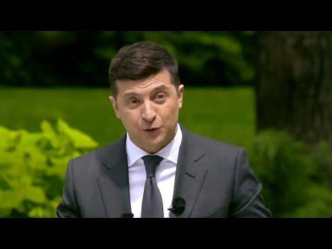 Владимир Зеленский на пресс-конференции в Киеве подвел свои первые итоги.