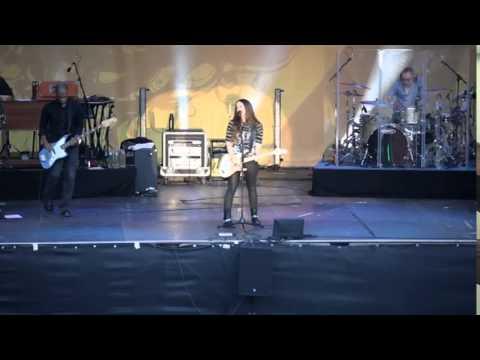 Alanis Morissette - Guardian (Live in Berlin).