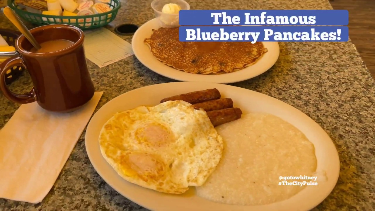 Gilchrist Restaurant in Historic Gardner's Basin offers Outdoor Bay Dining | Blueberry Pancakes