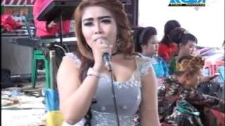 Download Video goyang kluget-kluget bikin gag nahan MP3 3GP MP4