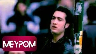 Kıraç - Bir Garip Aşk Bestesi (Official Video)