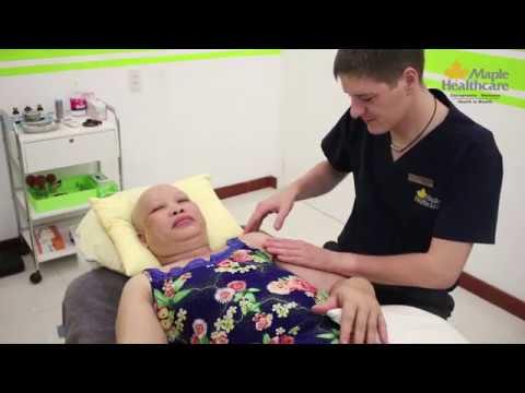 Báo GĐ&XH: Sau khi đi massage châm cứu, cô gái 24 tuổi nhập viện và phát hiện phổi trái đã bị co lại 30%