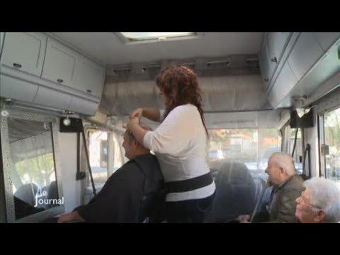 Artisanat Son Salon De Coiffure Est Dans Son Camping Car Youtube