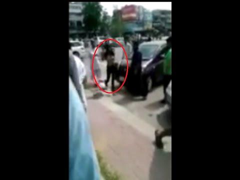 Braless girl fighting in F-10 Islamabad Pakistan (New Video) thumbnail