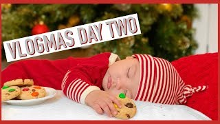 VLOGMAS DAY 2: MAX 5 MONTH PICTURES
