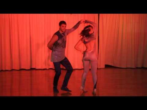 Arad and Lital sensual Bachata Show thumbnail
