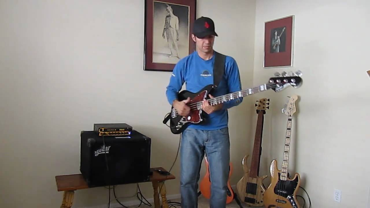 squier vintage modified jaguar bass overview youtube. Black Bedroom Furniture Sets. Home Design Ideas