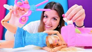 Barbie'nin saçına sakız yapışıyor! Eğlenceli kız oyunu! Komik çocuk videosu