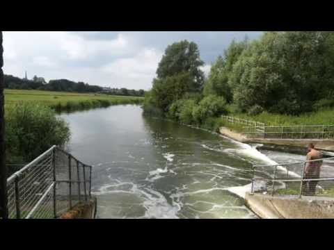 ***CARP FISHING TV*** THE CHALLENGE episode 3 - River Carp