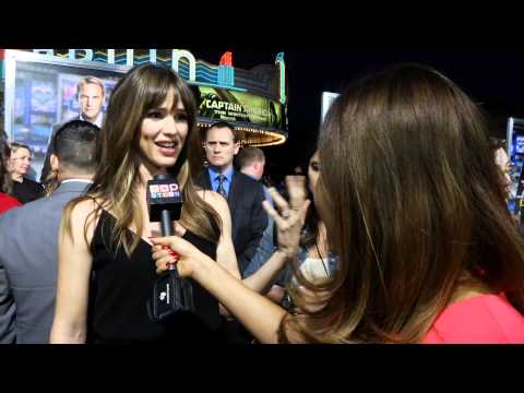 Jennifer Garner Talks Salary Cap on Draft Day!