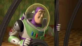 Buzz Lightyear descubre que es un juguete