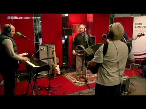The Wurzels ' Blackbird' LIVE!   @bbcsundaysessions  2011