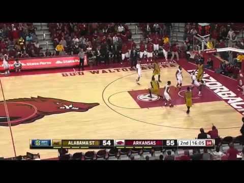 Bobby Portis Throws Down 2 Dunks in 5 Seconds