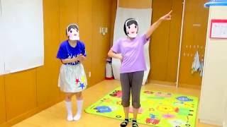 2歳児さんが運動会で行う親子体操です。