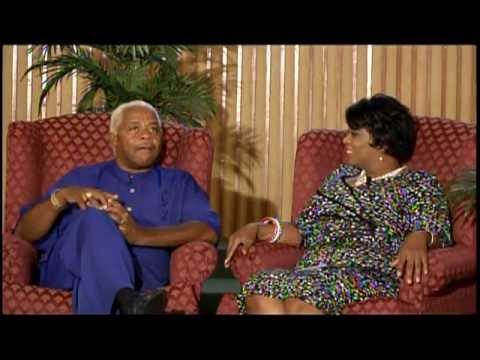 Loretta McNary interviews Larry Dodson, lead singer, The Barkays Part 1