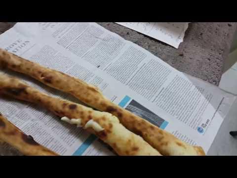 Strange Cheese bread in a bakery in Sharjah خبز مع جبن بمخبز في الشارقة الصناعية 02.02.2017