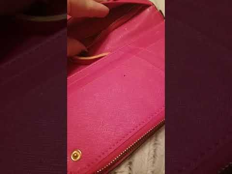 I ordered a wallet from dhgate and it came defective