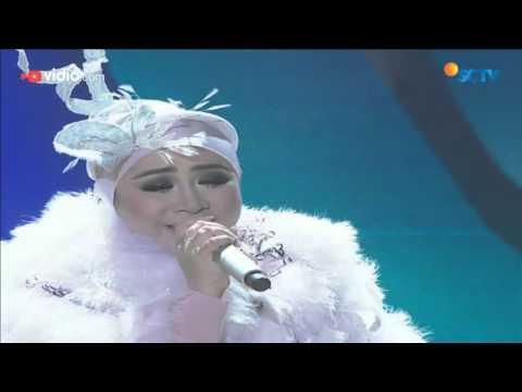 Melly Goeslaw feat Cakra Khan - Ada Apa Dengan Cinta (The Biggest Concert Ada Apa Dengan Cinta 2)