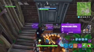 Fortnite Battle Royal! I go into saving the world and already I buy in the Shops !!!