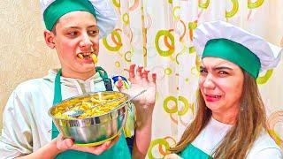 СТРАННАЯ КАРТОШКА ФРИ ИЗ МУКИ!! (Cool Kids Кухня) Простые рецепты ЧАК-ЧАК