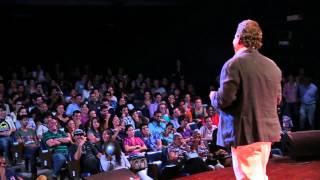 A ti y a mí nos importa | Enrique  Núñez | TEDxHabana