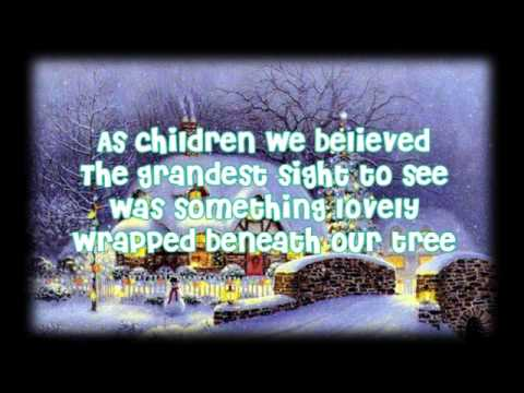 Lyrics] Kelly Clarkson - My Grown Up Christmas List - YouTube